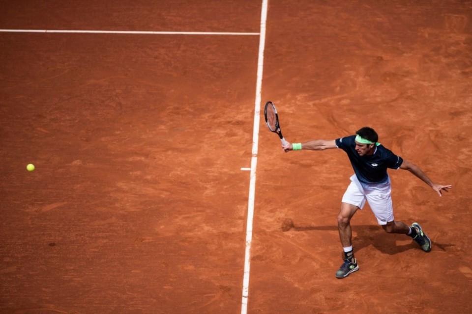 Delbonis se instaló en cuartos de final en Ginebra
